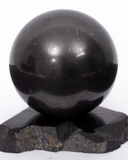 Шунгит шар 40 мм на подставке 0350