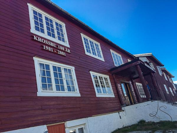 The main building at Krossbu | LotsaSmiles Photography