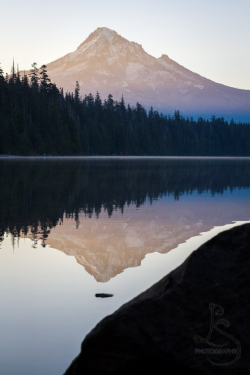 Mount Hood reflected in Lost Lake in the early morning | LotsaSmiles Photography