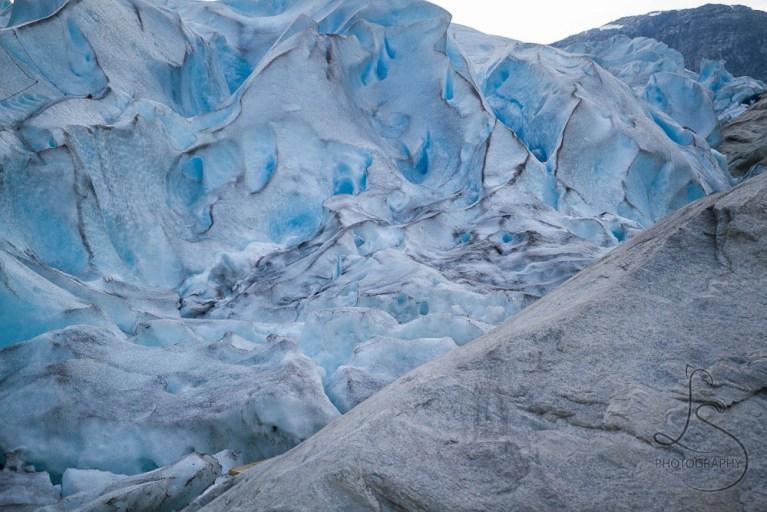 The Nigardsbreen glacier in Norway | LotsaSmiles Photography