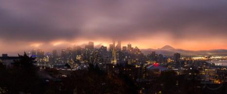 A blanket of fog envelops Seattle at dawn | LotsaSmiles Photography