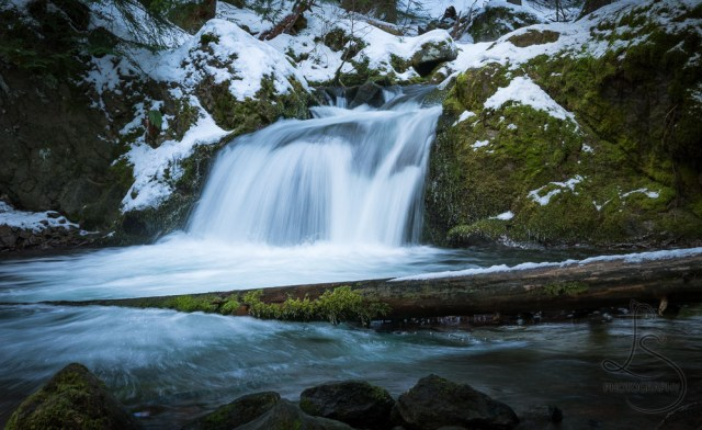Icy waterfall downstream from Tamanawas Falls in Oregon | LotsaSmiles Photography