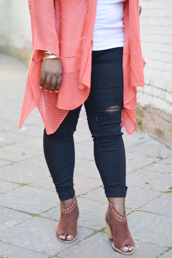 Ripped-distressed-black-jeans