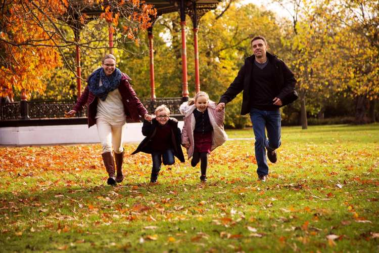 Fun family photoshoots in London and West Sussex