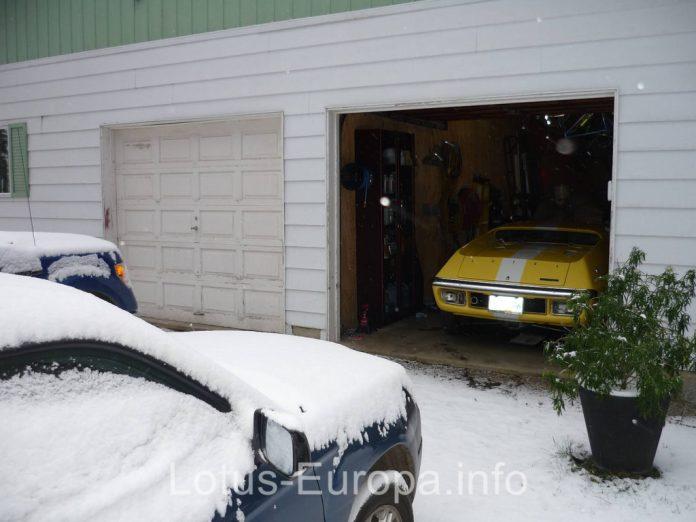 Lotus Europa in snow