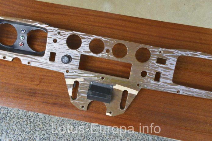 Lotus Europa wood dash