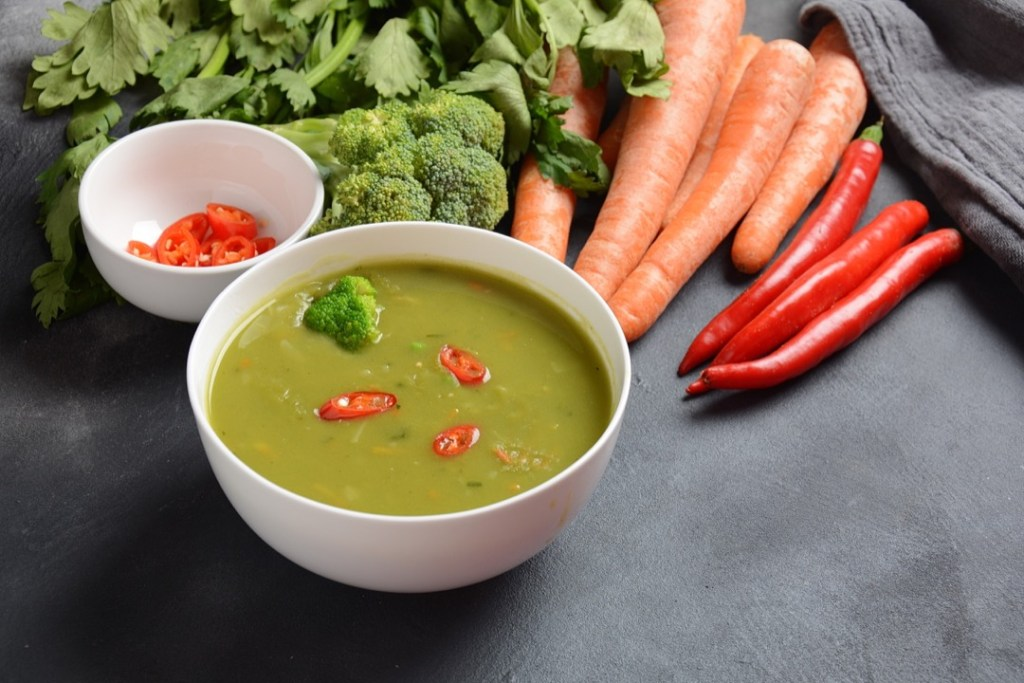 Vegan Peas and Carrots Soup 2