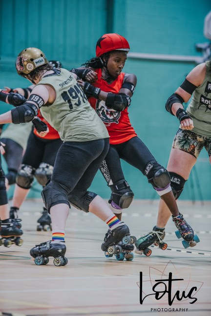 Lotus Phtotography Bournemouth Dorset Roller Girls Roller Derby Sport Photography 36