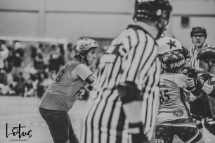 Lotus Phtotography Bournemouth Dorset Roller Girls Roller Derby Sport Photography 74-2