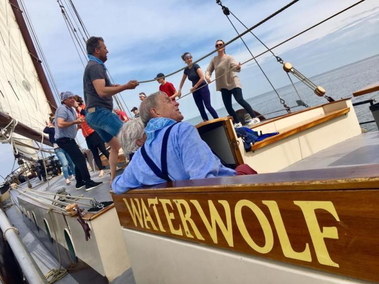 Jubileum vieren op een boot