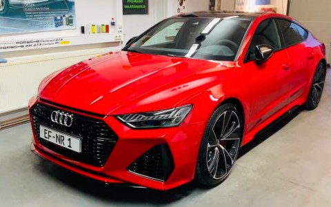 Audi RS7 red