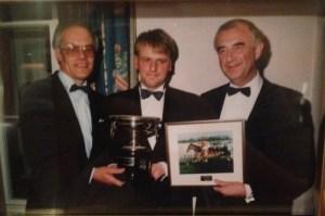 Richard receiving the ITBA award