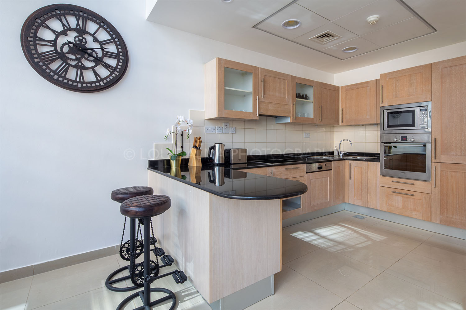 Real Estate Photography - Amazing Location, Comfy Apartment in Dubai Marina