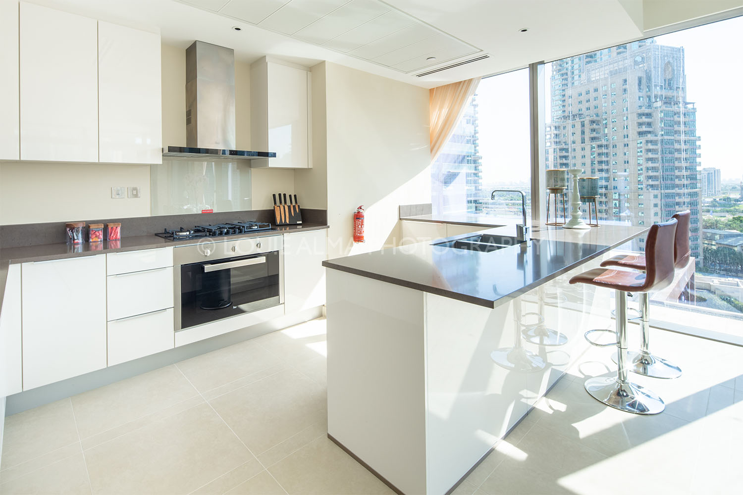 Real Estate Photography - High-rise Modern Apartment in Dubai Marina