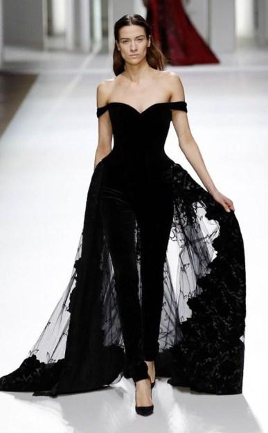 designer-perfekt-schwarzes-kleid-lang-stylish