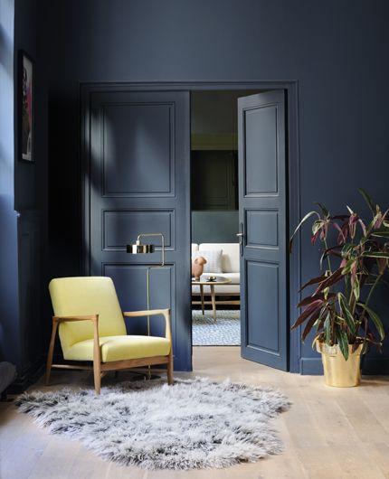 salon mur bleu gris architecte d