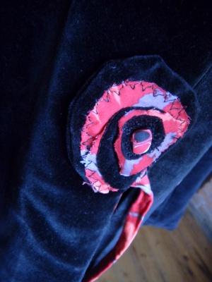 Louise.h vêtement manteau velours noir détail fermeture