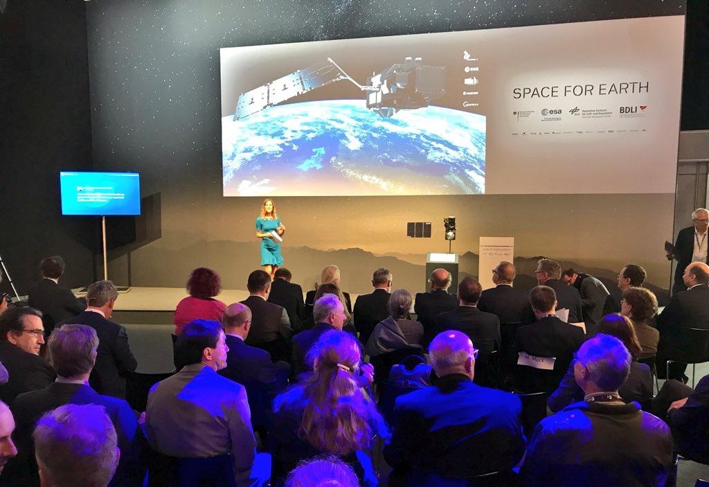 Louise Houghton, ESA, TV Host