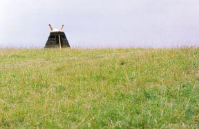 Sumpfobjekt II | 1993, Holz/Blei/Kupfer | Höhe 250 cm