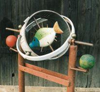 Kompass | 1993, Eisen/Holz | 130 x 110 x 50 cm