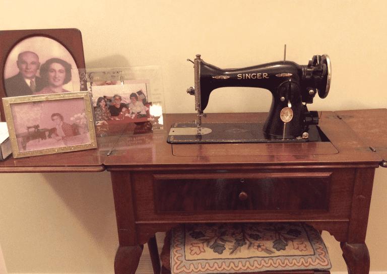Nonna's Singer Sewing Machine