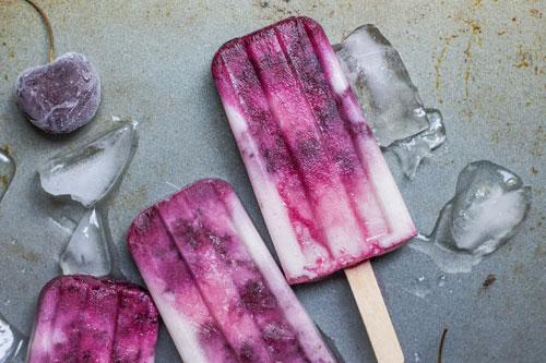 Grape popsicle photo by Alison Marras at Unsplash