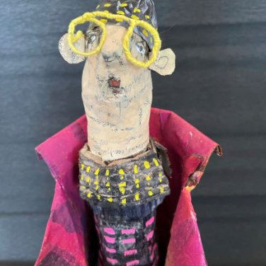 Miss Viv, by Rossana Russo, guest artist at Louise's ARTiculations