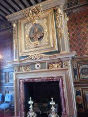 avec la buste du Roy Henri IV
