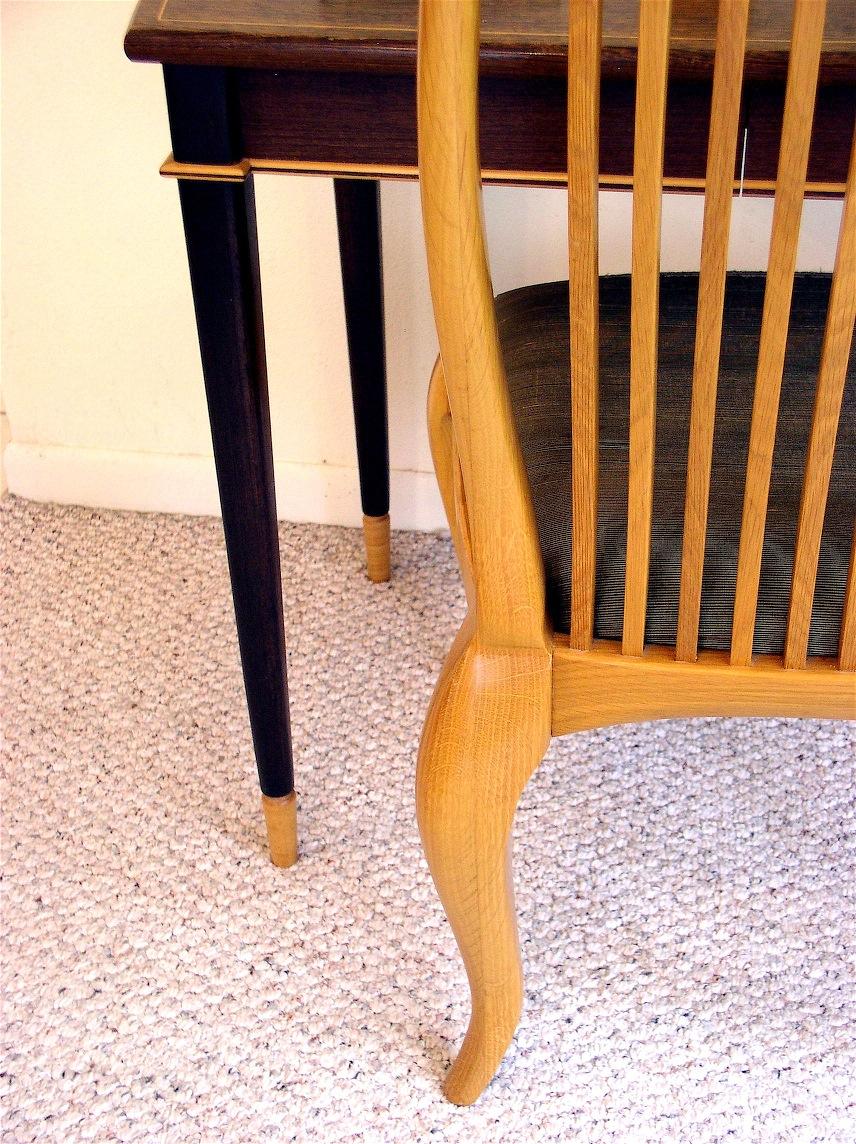 desk,chair