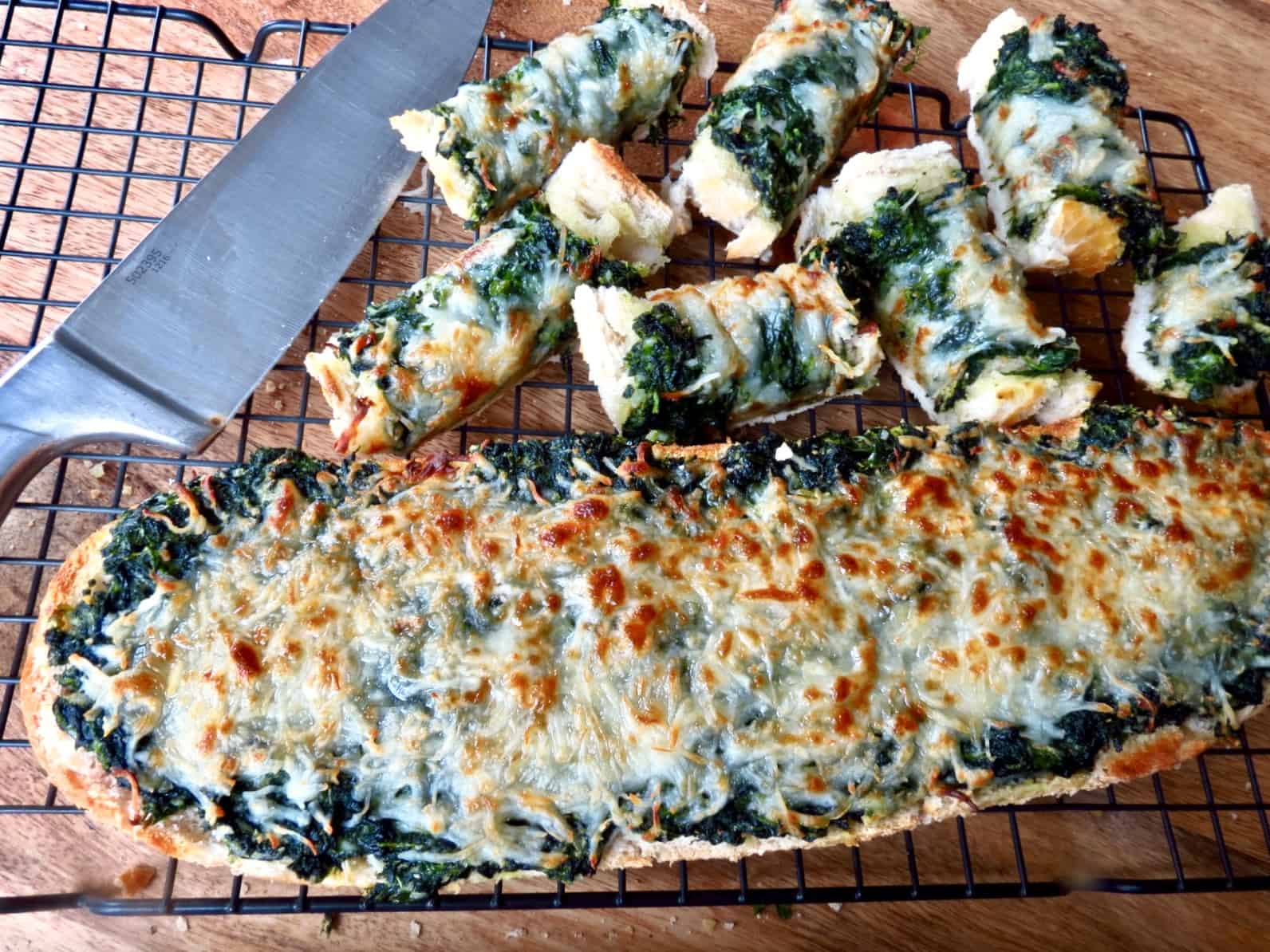 Easy Spinach Bread