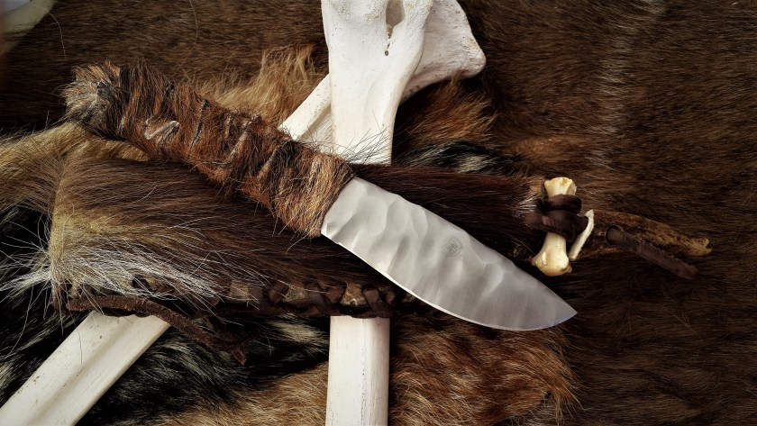 Art Knife - The Cro Magnon hunting knife