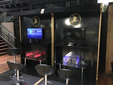 Lounge Istanbul console gaming