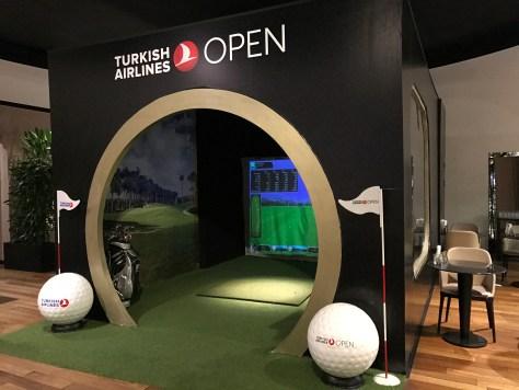 Lounge Istanbul golf simulator