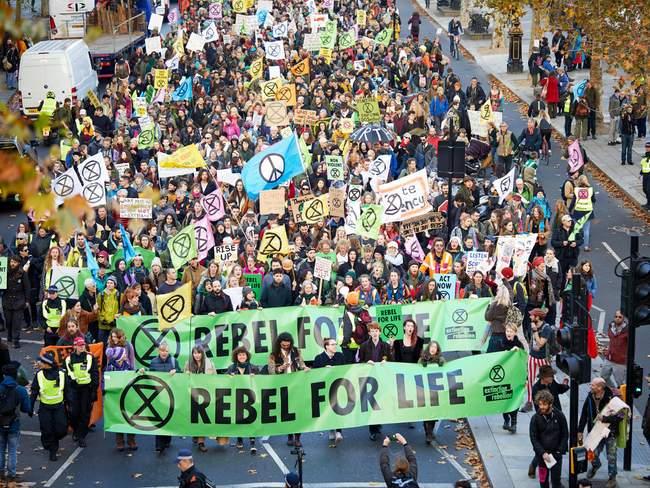 ARVAMUS: Maailm on vägivaldse kliimarevolutsiooni lävel ja seda õhutavad riigijuhid ise
