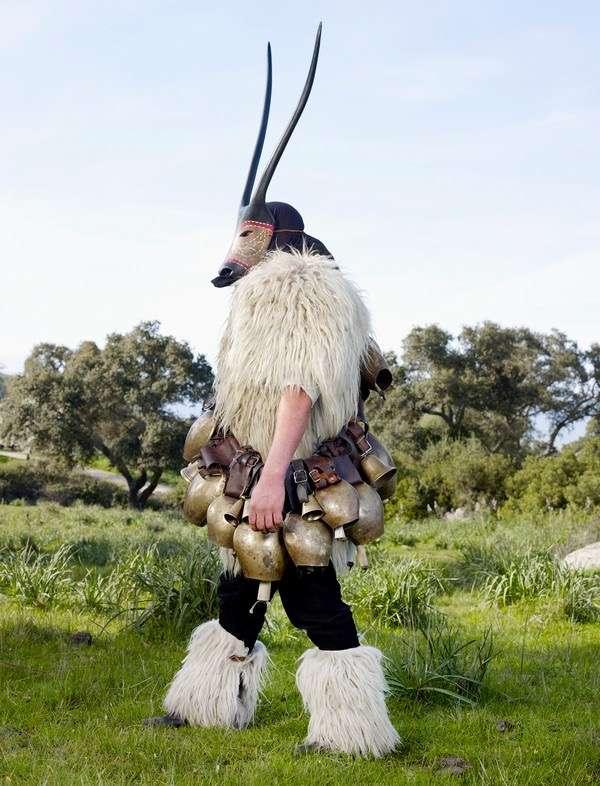 Dzikie plemię wstolicy mody? Dzikie plemię wstolicy mody? 2