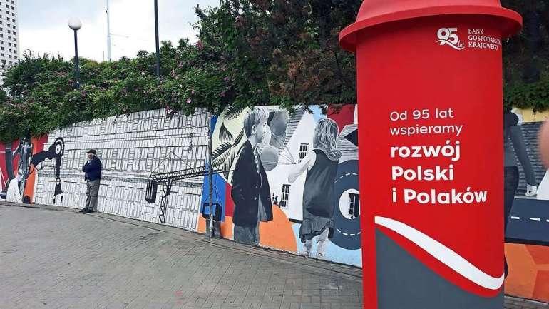 """Warszawska patelnia zaskakuje! Kolaże nawarszawskiej """"patelni"""" zaskakują! 1"""