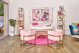 Zamieszkaj w prawdziwym domku Barbie!