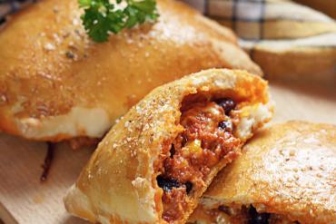 Pizza wnowej formie – meksykańskie calzone