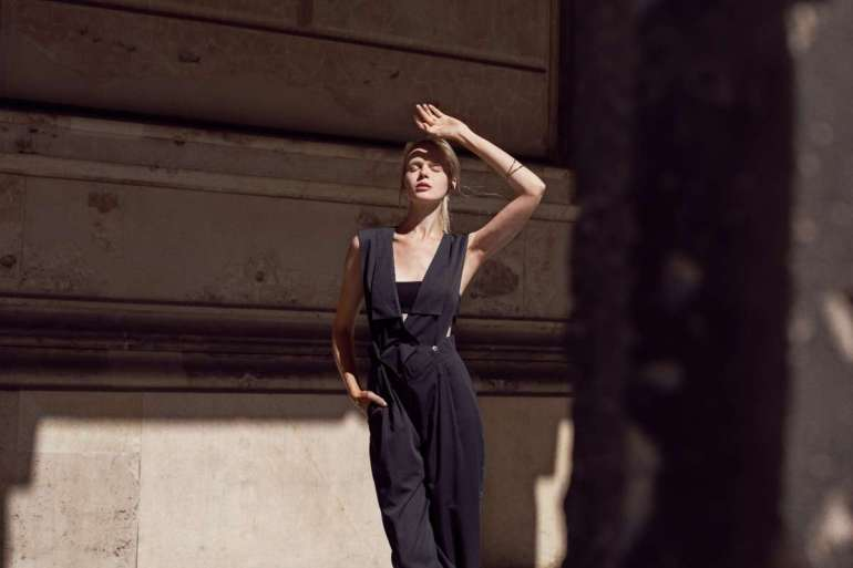 Spacer po berlińskich ulicach, minimalistyczna sesja Marty Macha