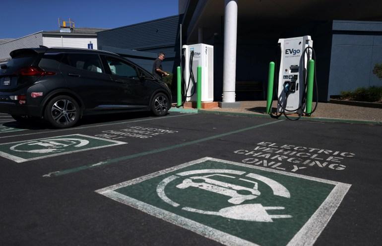 Główne zalety iwady Główne zalety iwady przy wyborze samochodów elektrycznych 1