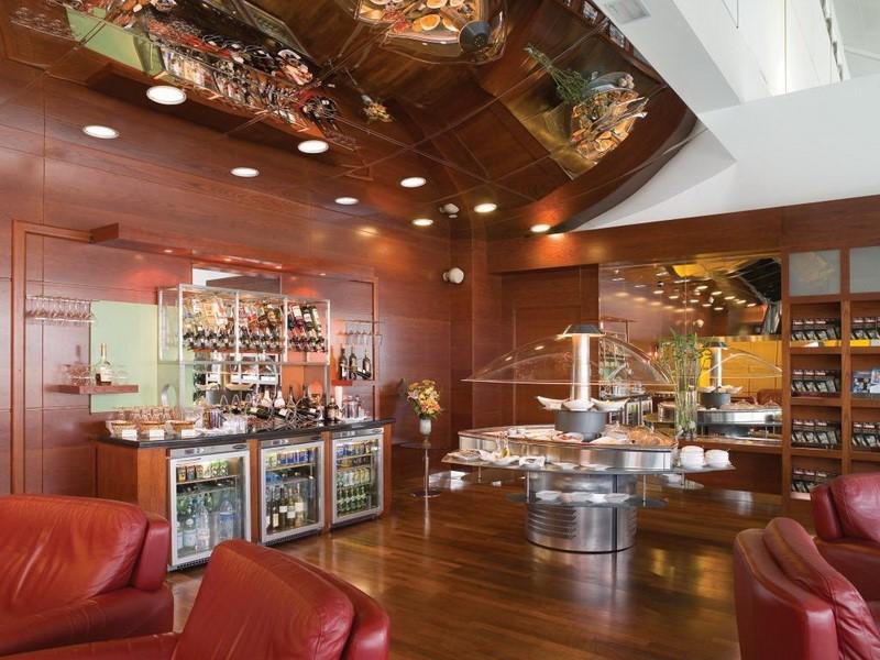 Dubai International First Class Lounge Dubai