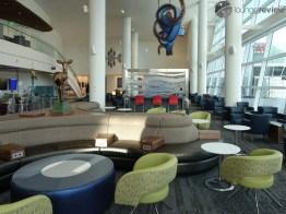 SEA-delta-sky-club-sea-concourse-a-b-00256-1
