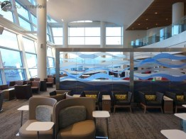 SEA-delta-sky-club-sea-concourse-a-b-00344