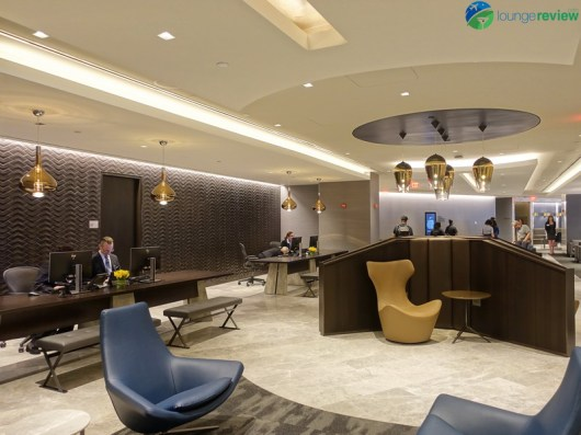 EWR-united-polaris-lounge-ewr-02812
