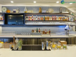 LAX-united-polaris-lounge-lax-08575-blg