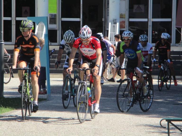 Lourdes : Les Clubs cyclistes ont organisé une Randonnée caritative au profit de Lourdes Cancer Espérance