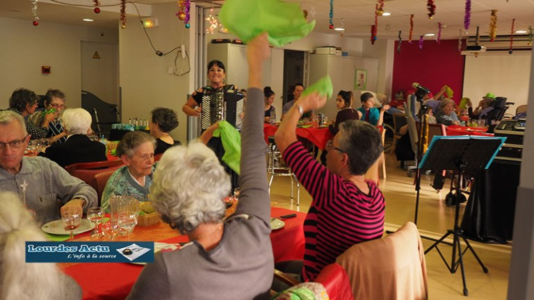 Lourdes : belle réussite du Repas de Noël au Foyer du Petit Jer