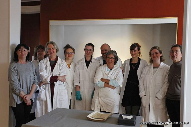 Lourdes : Chantier des collections Photographiques avec l'Institut National du Patrimoine au Château fort – Musée Pyrénéen