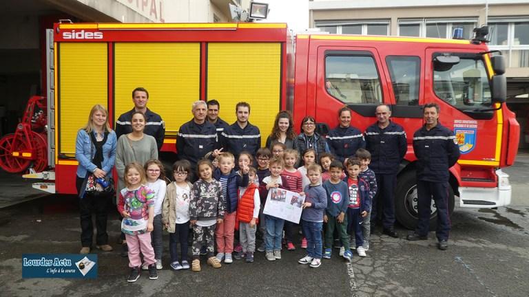 Lourdes : des enfants de l'école maternelle publique de Darrespouey chez les Pompiers