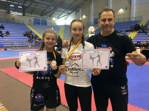 Lourdes : les Boxeuses Ines Béréau et Léa Lefèvre, championnes Occitanie de K-1RULES Light